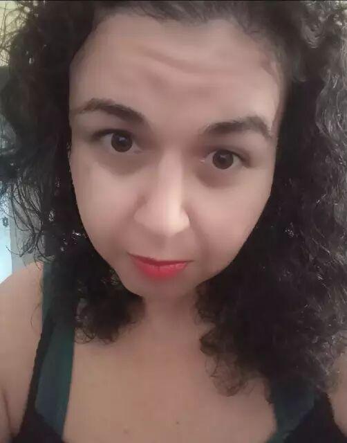 Saiba quem é Livia Rosa Santana