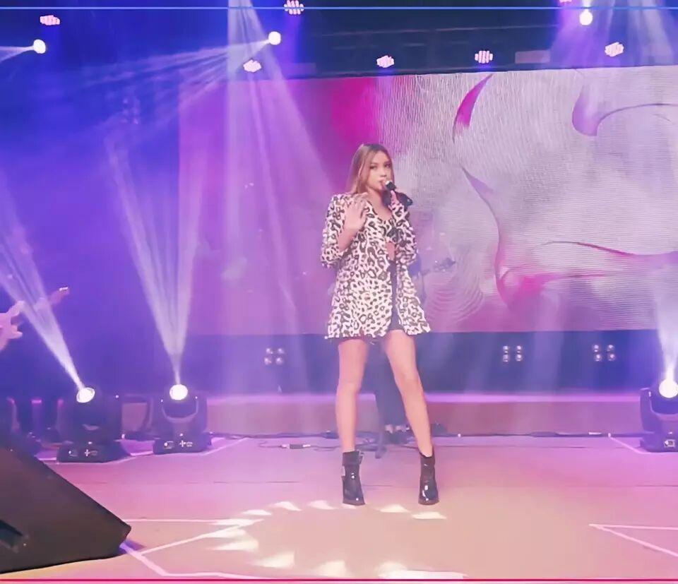 Cantora Anna Mel foi destaque em live de comemoração aos 164 anos de Ubá (MG)