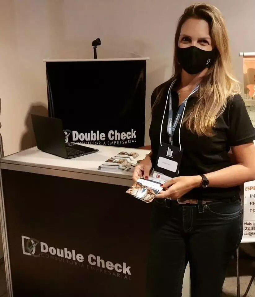 Daniela Pederneiras e a Double Check Consultoria Empresarial