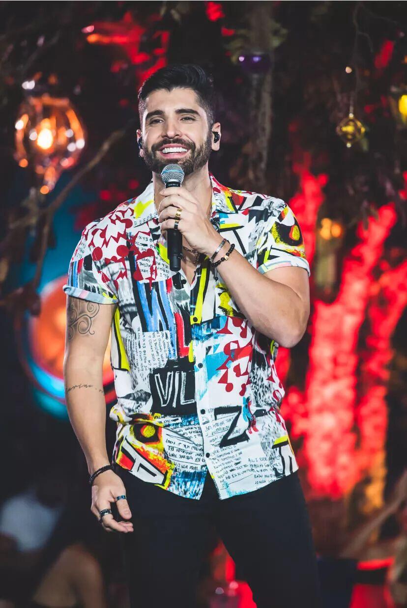 João Gabriel conquista o primeiro lugar nas rádios do Brasil